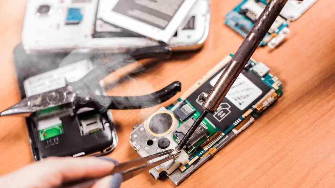 Reparar iPhone Badal